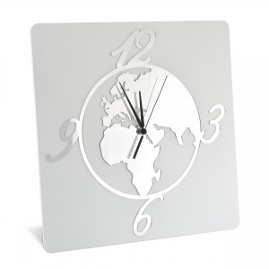 Orologio da parete in legno con mondo in plex argento