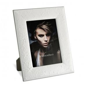 Portafoto in alluminio smaltato bianco con decoro carta riso, cm 18x24